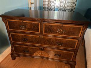 Antique dresser amazing condition for Sale in Arlington, VA