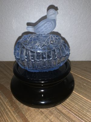 """3.5"""" collectible blue glass bird on egg trinket ring powder box container for Sale in Citrus Heights, CA"""