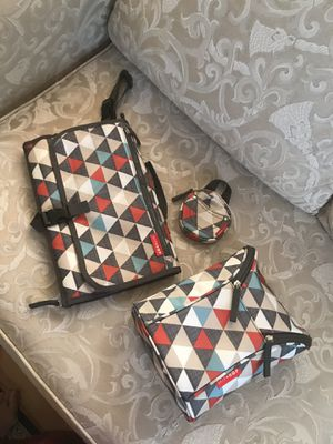 Skip Hop Diaper Bag Accessories Set in Excellent Conditions for Sale in Kensington, MD