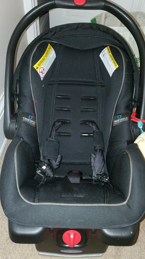 Infant Car seat for Sale in Norwalk, CT