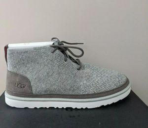 UGG For Men Neumel Hyperweave Wool / Suede Chukka Boots Charcoal US Size 10. for Sale in Los Angeles, CA