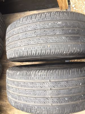 Used tires 235-40-19 for Sale in Dallas, TX