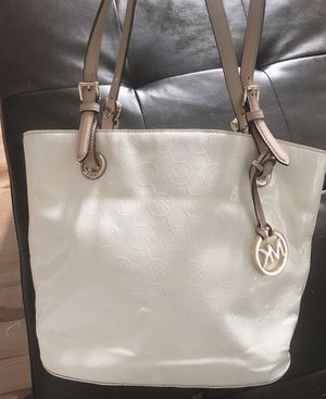 Original Michael kors handbag for Sale in Frederick, MD
