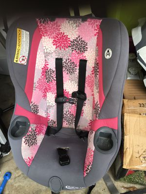 Graco Car seat pink/gray for Sale in Tallahassee, FL