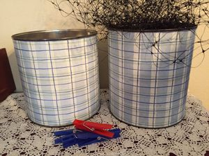 Classroom display net and laundry pins for Sale in Tacoma, WA