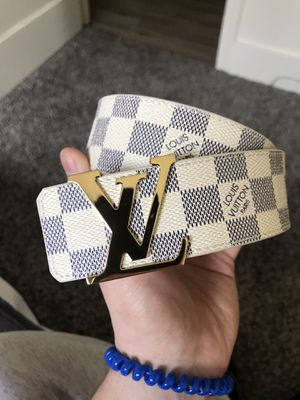 Louis Vuitton Men's Belt (32-34) with Receipt Yeezy Boost for Sale in Seattle, WA