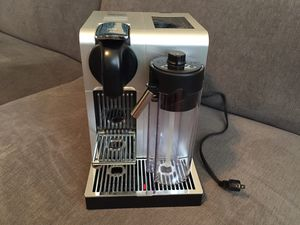 Delonghi EN750MB Nespresso Lattissima Pro Coffee Maker, Espresso and Cappuccino Maker for Sale in Queens, NY