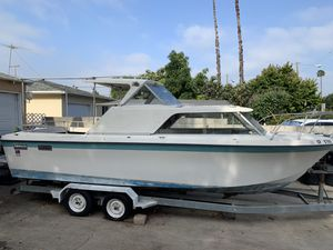 27 foot SabreCraft Boat with trailer, Volvo outboard and 351w for Sale in Whittier, CA