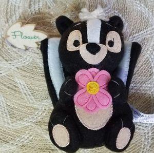 Disney Parks Bambi Flower Skunk Plush Ornament for Sale in Lemon Grove, CA