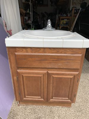 Bathroom vanity cabinet for Sale in Winchester, CA