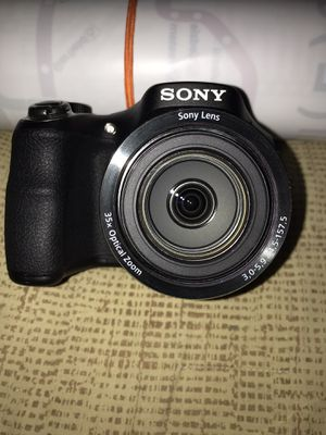 Sony Cyber-shot DSC-H300 20.1 MP Digital Camera - Black for Sale in Chicago, IL