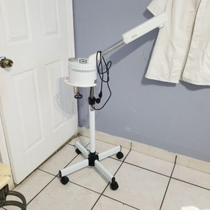 Facial Steamer. (MISS JAR) for Sale in Miami, FL