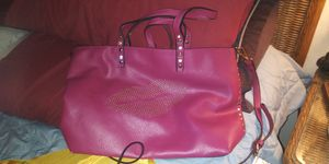 BEAUTIFUL LEATHER LARG PURSE 10DOL FIRM LOTS SEE MY POST GO LOOK for Sale in Jupiter, FL