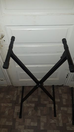 Keyboard stand for Sale in Philadelphia, PA