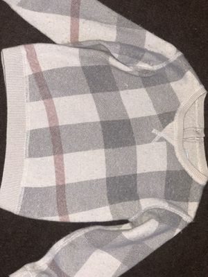 Burberry sweater for Sale in Rancho Dominguez, CA