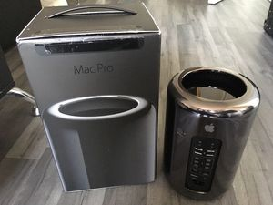 Apple Mac Pro Desktop Computer (Quad-Core, Late 2013) for Sale in Seattle, WA