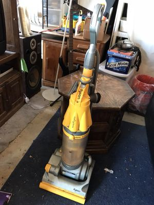 Dyson vacuum for Sale in Moreno Valley, CA