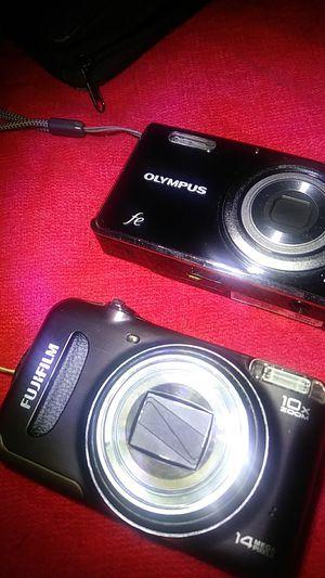 2 Digital cameras like new for Sale in Tampa, FL