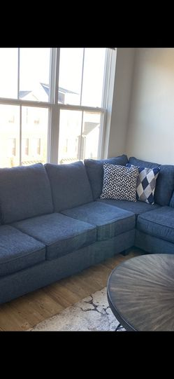 Sofa Sectional Plus Sleeper for Sale in Franklin Township,  NJ