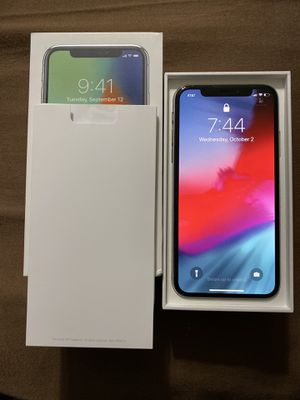 iPhone X - Unlocked - 64GB for Sale in Fort Pierce, FL