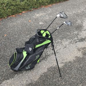 Golf Bag, Left Handed Driver And 3 Wood for Sale in Wenatchee, WA