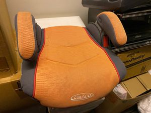 Backless booster seat Graco for Sale in Watertown, MA