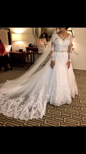 Customized Lace Sequin Wedding Dress Size 6 for Sale in Sully Station, VA