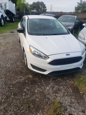 FORD FOCUS for Sale in Tampa, FL