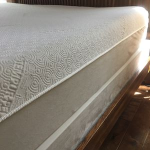 Temper Pedic for Sale in Palm Harbor, FL