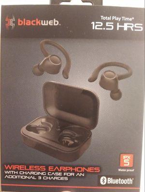 Bluetooth Wireless Headphones $30 for Sale in Romulus, MI