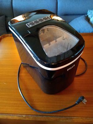 Della Portable Ice Maker Machine for Sale in San Diego, CA