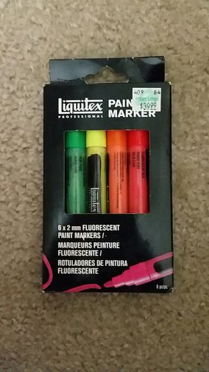 Liquitex professional paint markers. for Sale in Glendale, AZ