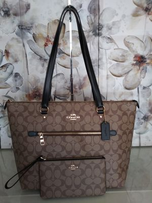 Coach Purse And Wallet Set for Sale in Fontana, CA