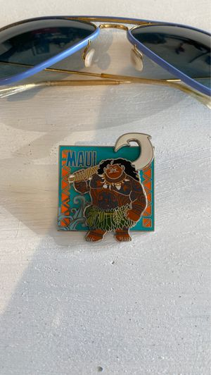 Disney Maui push Pin clip on Moana purchased at Disneyland for Sale in El Paso, TX