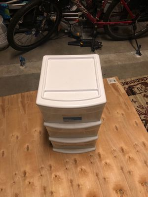 Three drawer plastic storage container for Sale in Boca Raton, FL