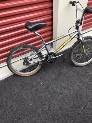 mongoose outer limit bike for Sale in Longbranch, WA