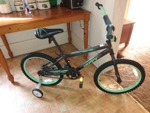 Boys bike for Sale in West Blocton, AL