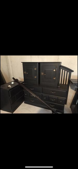 Queen size bedroom set for Sale in Florissant, MO