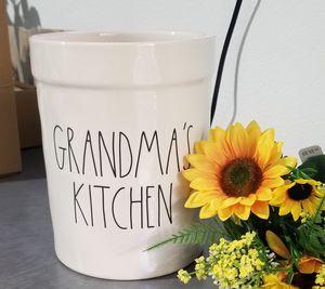 Rae Dunn utensil holder / farmhouse decor kitchen home for Sale in Compton, CA
