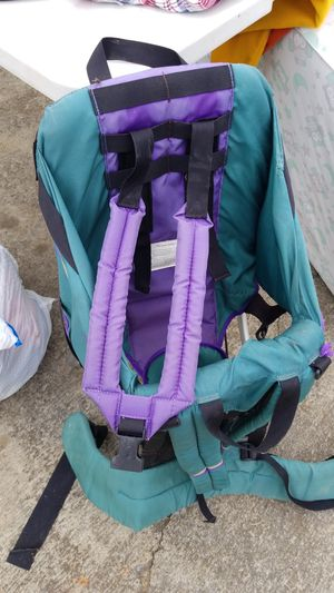 Baby hiking backpack for Sale in Rockmart, GA