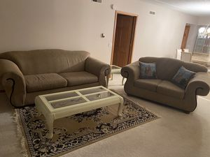 6 Piece Living Room Set - Sleeper Couch, Loveseat, 3 coffee/end tables, rug for Sale in Des Plaines, IL