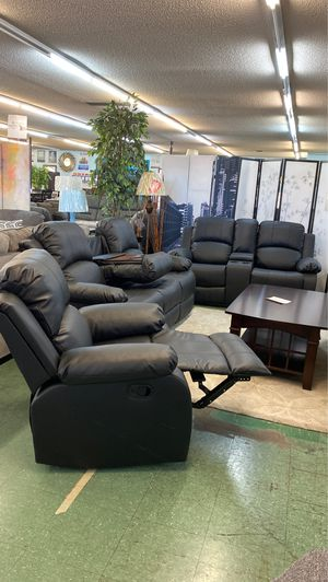 🔥Short Sale🔥 Brand New 3pc Reclining Sofa with drop down table + Reclining loveseat with cup holder console + Recliner Chair $1499, Finance available for Sale in Sacramento, CA