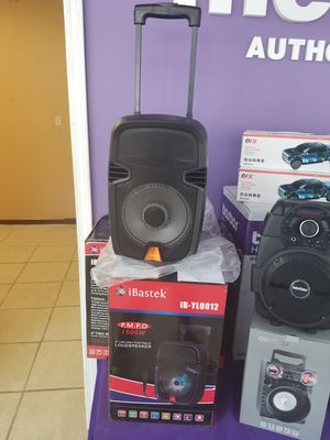 Bluetooth speaker with microphone brand new for Sale in Baton Rouge, LA