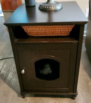 LITTER BOX CONCEALER OR KITTY BED for Sale in Greenville, SC