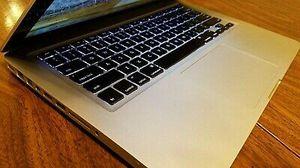 Macbook pro 13 mi 2012 VERY NICE CONDITION INTEL i5 256G SSD KINGSTON 8GB for Sale in Atlanta, GA