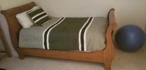 Broyhill Twin Bedroom Set for Sale in Garrison, MD
