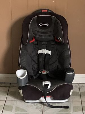 GRACO CONVERTIBLE CAR SEAT 3 in 1 for Sale in Riverside, CA