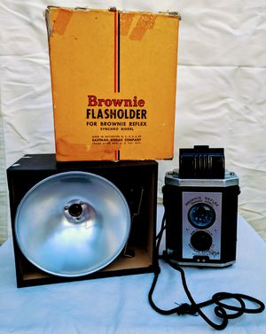 Brownie reflex synchro model vintage camera for Sale in South Portland, ME
