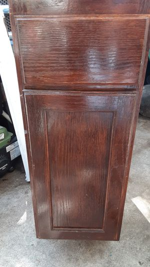 CABINET SMALL SIZE FOR THE KITCKEN, 12 X 28 X 46 STILL USEBLE , for Sale in San Antonio, TX