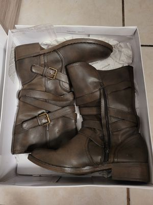 Women boots for Sale in Miami Gardens, FL